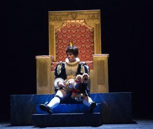 29-verdrietige-keizer-voorstrelling-de-nieuwe-kleren-van-de-keizer